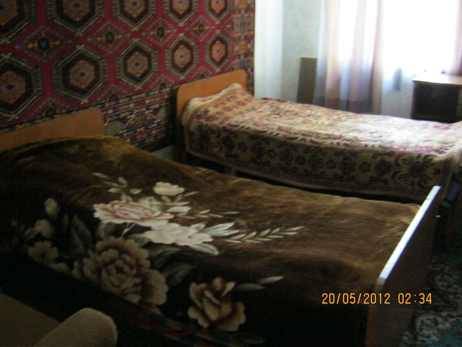 Спальня две односпальные кровати