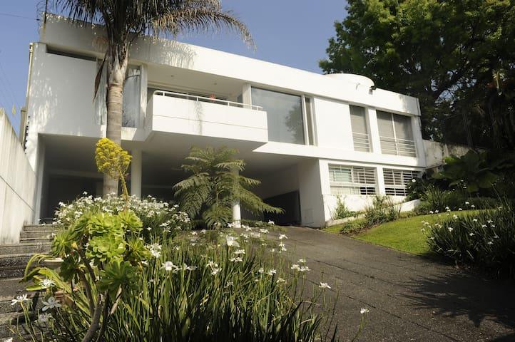 Stunning Rationalist Mansion   - Béccar - Hus
