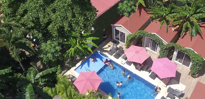 Jaco Lodge - Hab. Doble Full (Piscina)+Beach Club