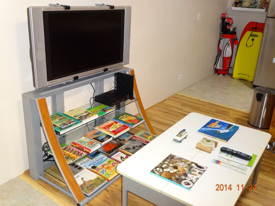 37 inch LCD TV with HD cable services + library of Hawaii books