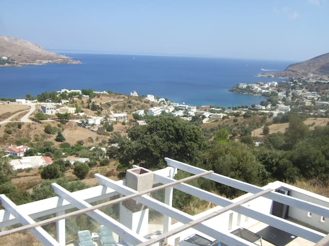 A Full House And More... Artemis - Leros - Casa