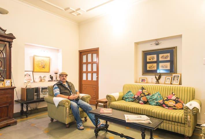 Riddhi Siddhi Bhawan, Non AC Room - Jodhpur - Bed & Breakfast