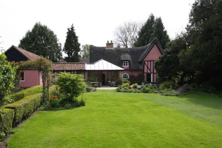 Unique English Thatch cottage. In Suffolk.