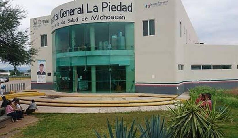 Cuarto cerca del Hospital regional de la Piedad
