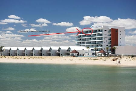 Premium 2 Bedroom Ocean View Penthouse, Top Floor - Mandurah - Wohnung