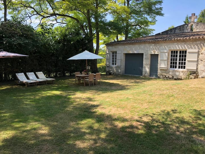 Gite in Chateau Grounds