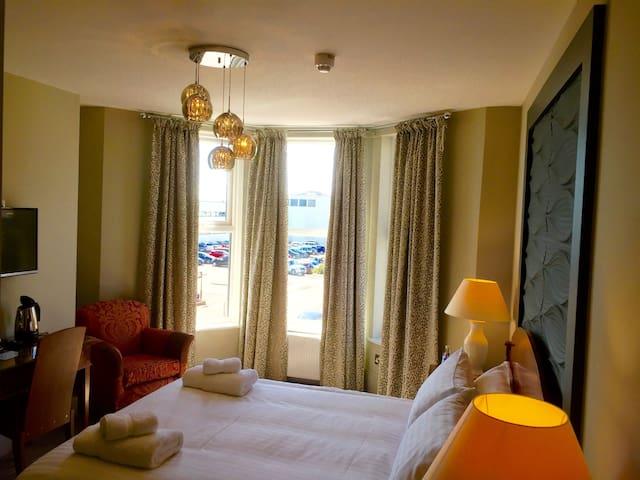 Boutique B&B with views of De La Warr Pavilion - 5 - Bexhill - Bed & Breakfast