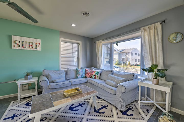 NEW! Nautical Home w/Backyard <1Mi to Belmar Beach