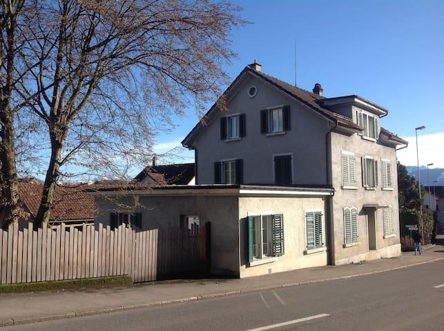 Tann-Rüti - Studiowohnung