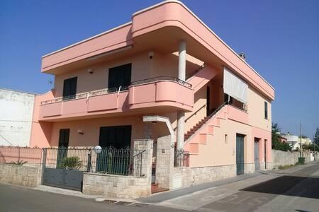 Appartamento max 5 persone a SOLI 2 Km dal mare - Ortelle - Apartmen