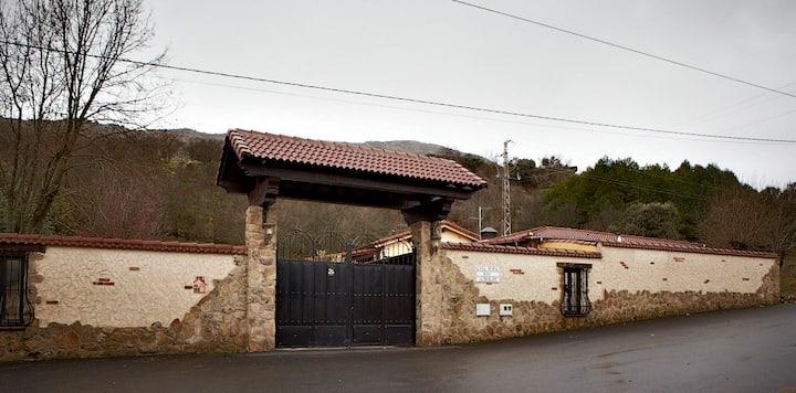 Casa rio alberche - navaluenga