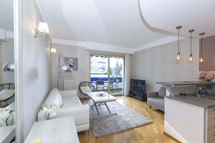 Luxueux appartement avec vue imprenable(Port Nice)