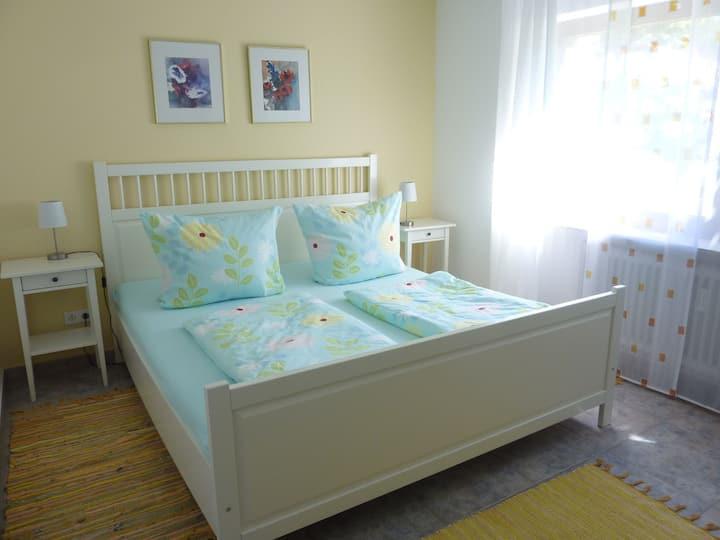 HöriFerien, (Öhningen), 2-Zimmer-Ferienwohnung, 80 qm, Schlafzimmer, Terrasse, max. 2 Personen