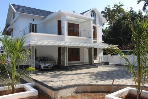 Kochi Village Home Stay - First Floor