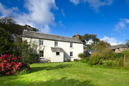 Beautiful Cornish Farmhouse - Bodmin - House