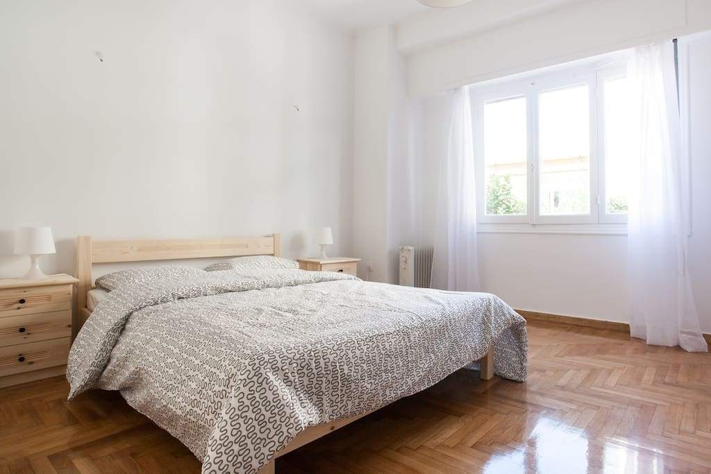The first big bedroom where a single bed can be added
