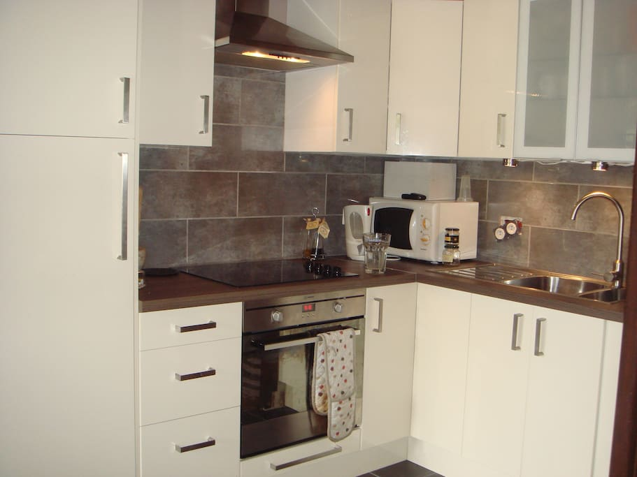 Brand new refurbished kitchen