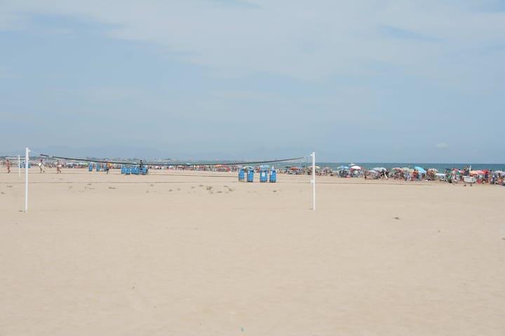Canet Playa, apto junto a la playa, ideal parejas. - Canet d'En Berenguer - Apartamento