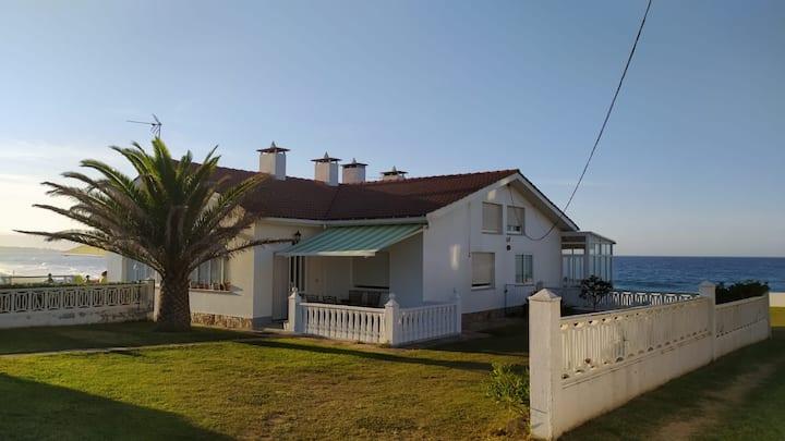 Una casa con vistas en Barreiros... y mucho más!!
