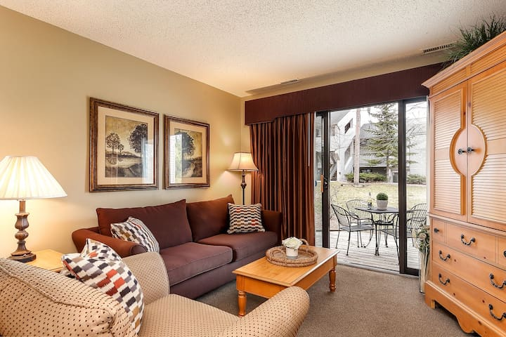 ☀ Cozy Beach Front Condo @ The Shores