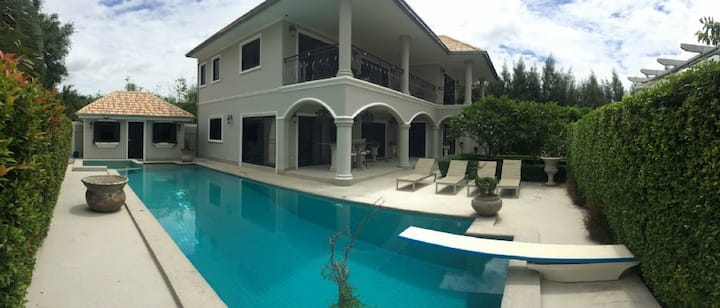 Hua Hin 3 bedroom luxury pool villa Zeus