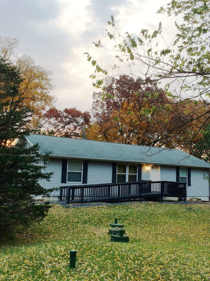 Rare Find! Comfort, Accessibility, & Country