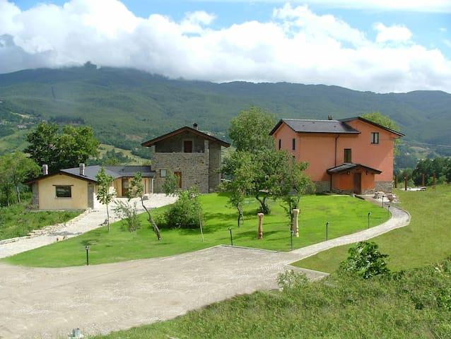 Borgo Tiedoli - Borgo Val di Taro - Bed & Breakfast
