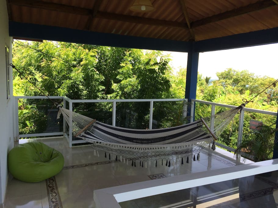 The upper deck is great to relax in a hammock!