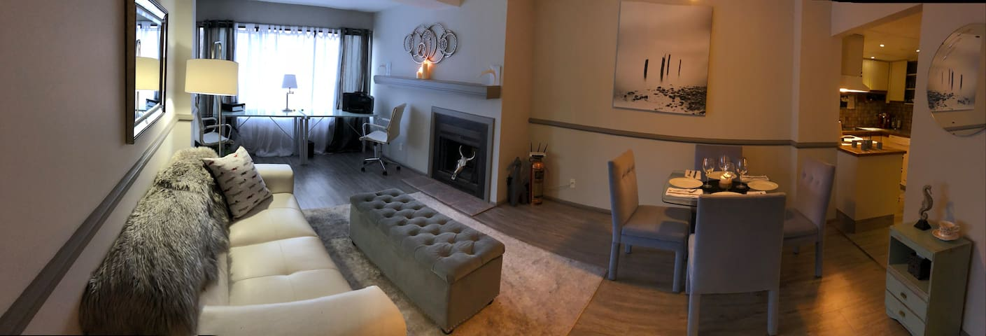 Relaxing Downtown Lake View Apartment