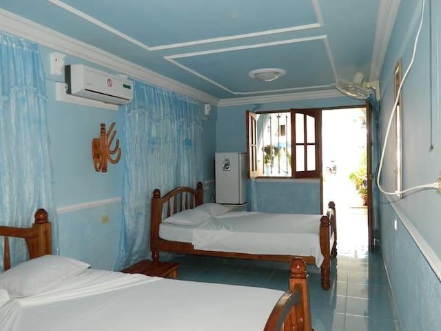 Casa Costa Azul Room 1 (Playa Larga)