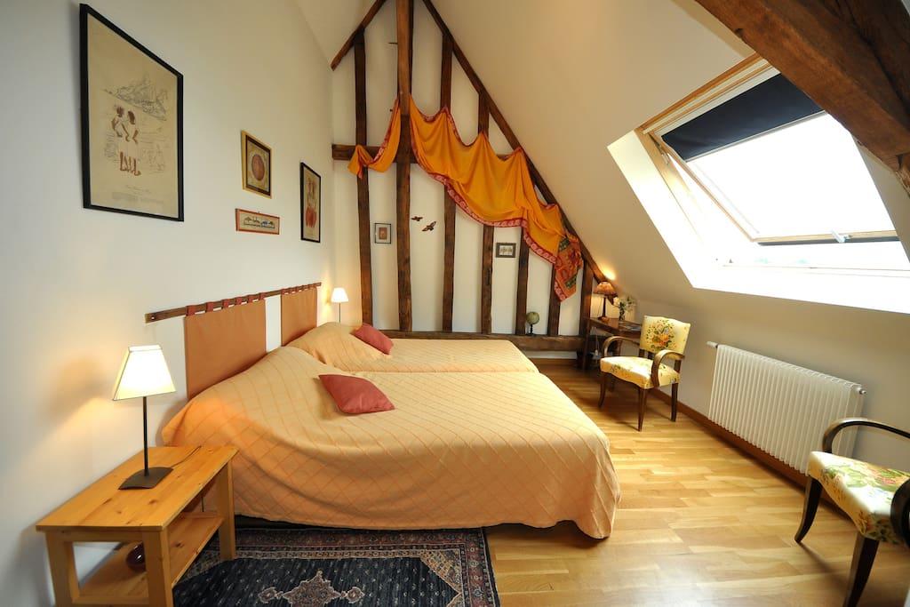 la grange du plessis chambre champ tre guesthouses louer segr pays de la loire france. Black Bedroom Furniture Sets. Home Design Ideas
