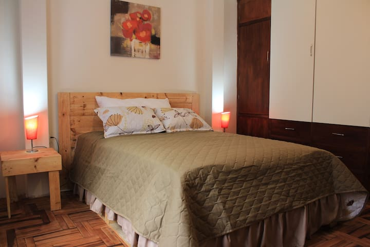 Nice 2B Apartment in Historical Center Quito