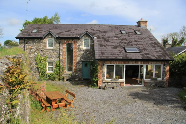Rural retreat 1 hour from Dublin - Oldcastle - Hus