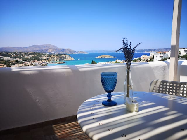 7 Olives Apts big balcony, amazing SEA view