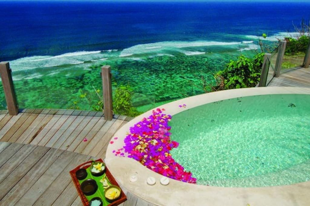 Like cliff top SPA,...
