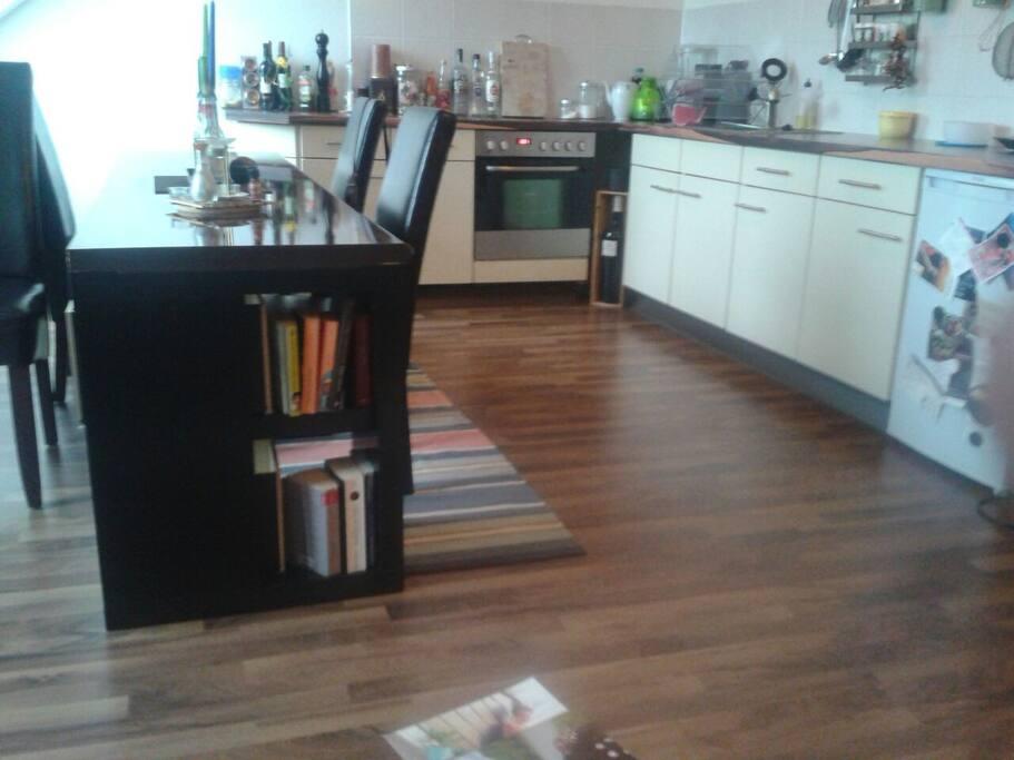 sonnige 2 raum massionettewohnung wohnungen zur miete in leipzig sachsen deutschland. Black Bedroom Furniture Sets. Home Design Ideas