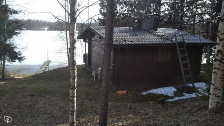 Lovely cottage by the lake with sauna