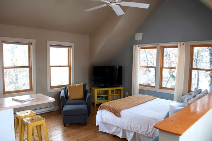 Downtown Bozeman Vacation Rental - Bozeman