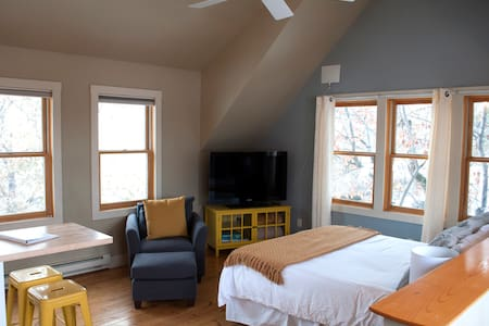 Downtown Bozeman Vacation Rental - Bozeman - Loft