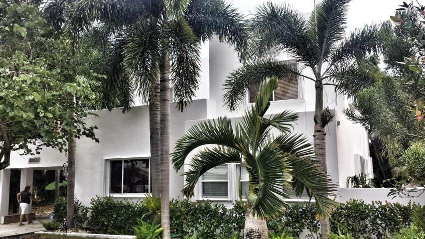 Luxurious Estate Property  - West Palm Beach - Villa