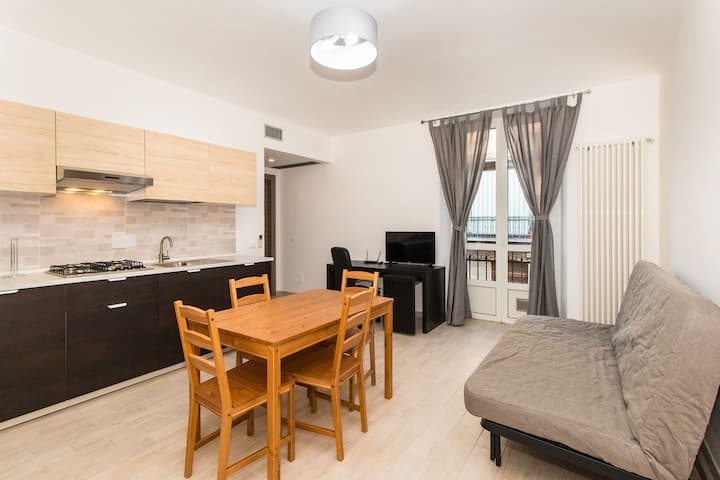 APT x4 a 900 metri da Piazza Statuto! BOOK NOW!