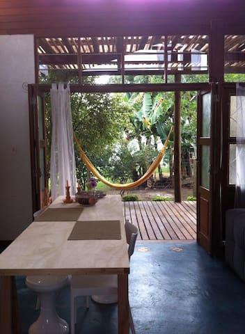 A Casa no bairro mais charmoso do Sul da Ilha