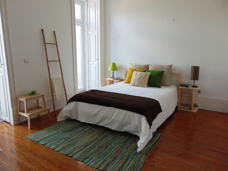 Bright and spacious room with double bed