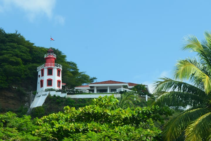 The Lighthouse Ocotal. Close to the beach. - Del Coco Beach - Rumah