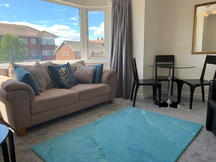New Central Holiday Apartment near Seafront