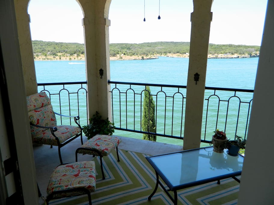 Casita riviera lake travis at the island appartements for Canape lake park