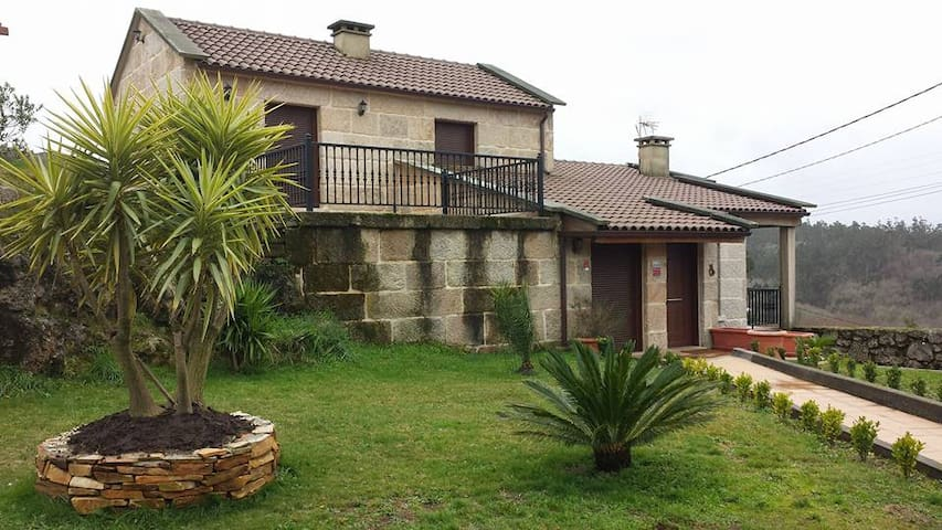 House - 27 km from the beach - Pontevedra - Huis