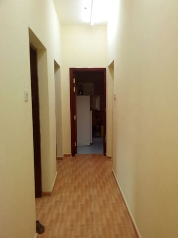 1 bedroom for sharing - Al Aqah - Huoneisto