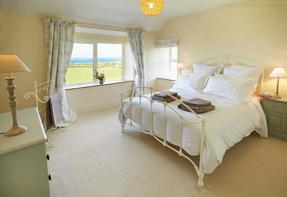 Stunning double room with panoramic sea views