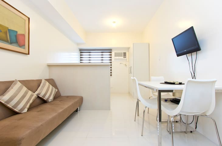 Princeton Studio Luxe 4 - Quezon City
